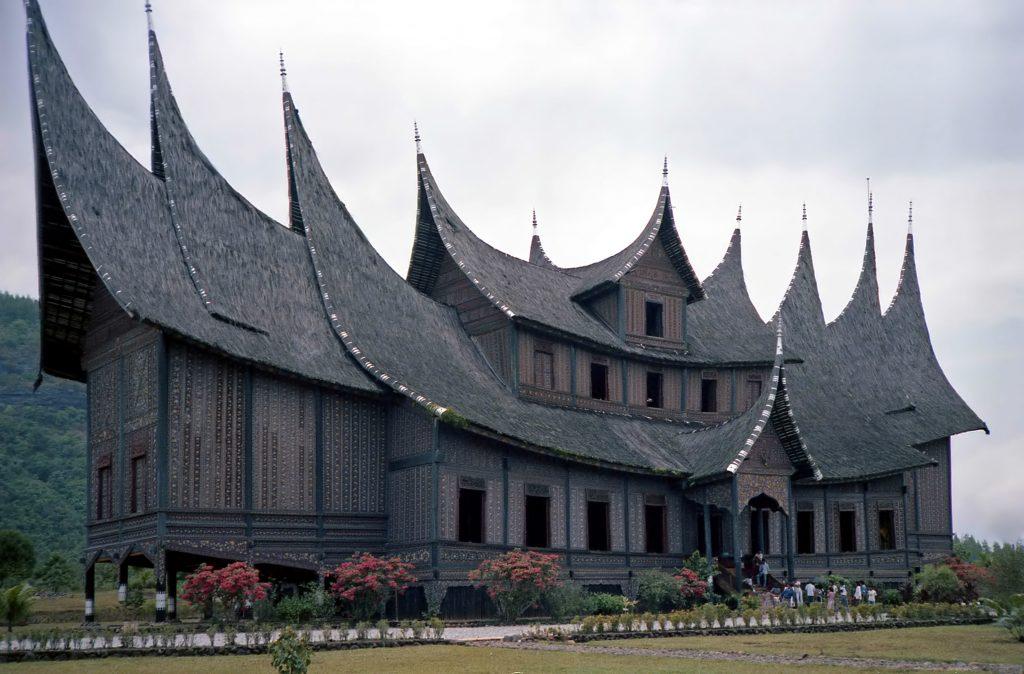 Istana Pagaruyung (Minangkabau)